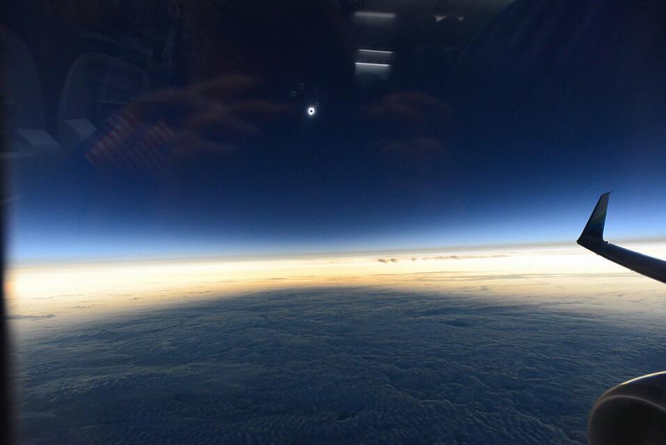 Eclipse desde avión. @NASA_Astronauts/Twitter