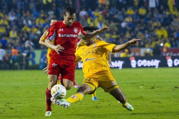 Jerónimo Amione, el delantero de Toluca no supo manejar la presión del p...