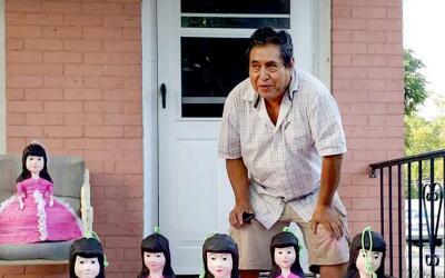 Alejandro Martínez, de 62 años, es un inmigrante mexicano...
