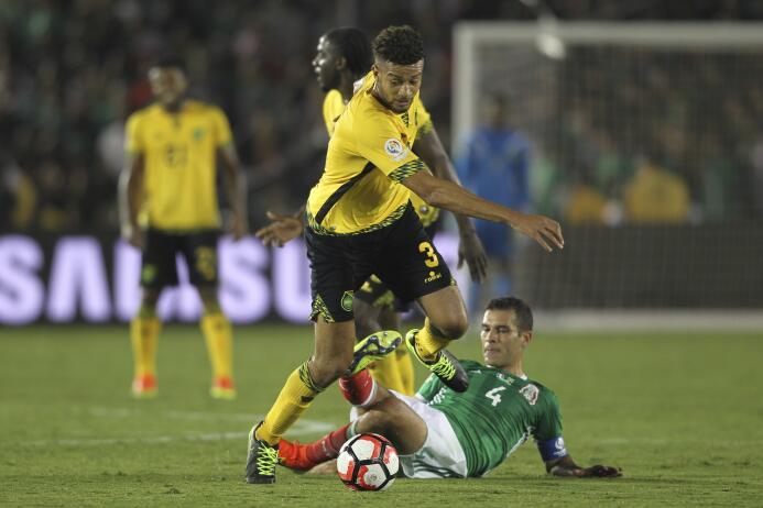 El ranking de los jugadores de México vs Jamaica 48-GettyImages-53915170...