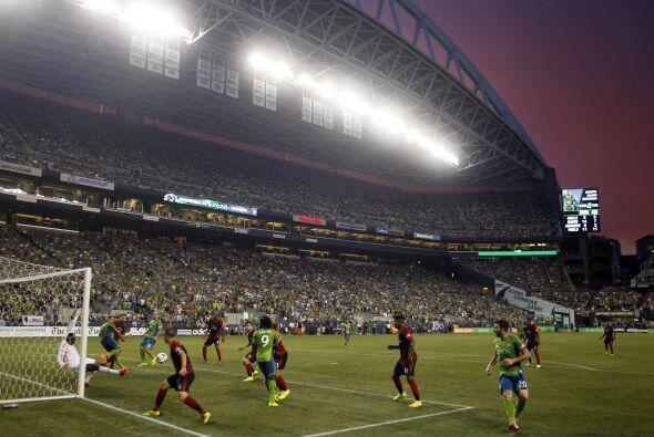 Tanto Seattle como Portland cuentan con las aficiones más fieles, llenan...