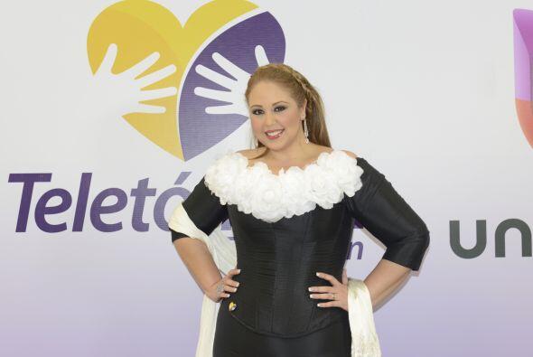 La cantante mexicana está feliz de ser parte de una causa que une corazo...