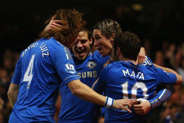Pero la nota de la jornada la dio el Chelsea, que ganó y goleó de forma...