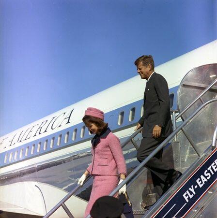El asesinato de John F. Kennedy  el 22 de noviembre de 1963 hizo olvidar...