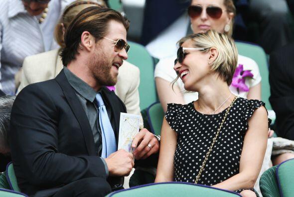 Chris Hemsworth y Elsa Pataky entre broma y broma. Mira aquí los videos...