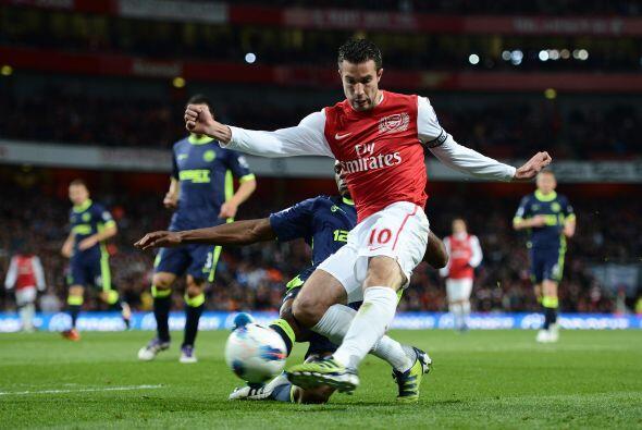 Arsenal se lanzó al frente en busca de un gol que los metiera al...