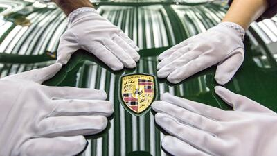 Autos  Históricos high_the_one_millionth_911_production_2017_porsche_ag_...
