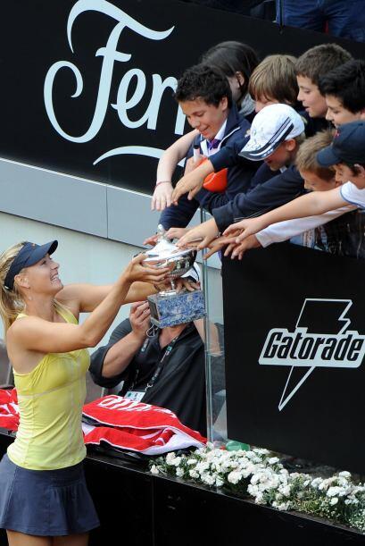 Así, Sharapova logró su primer título del añ...