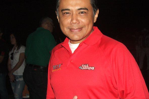 El Show de Raúl Brindis y todos los djs de Estéreo Latino 102.9  dijeron...