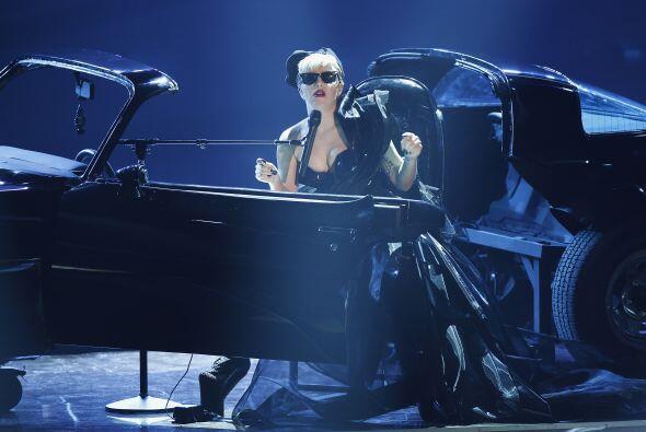 """Gaga se dedicó este 2011 principalmente a la promoción de su disco """"Born..."""