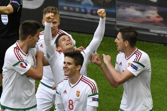 Hungría e Islandia sorprenden en la Euro