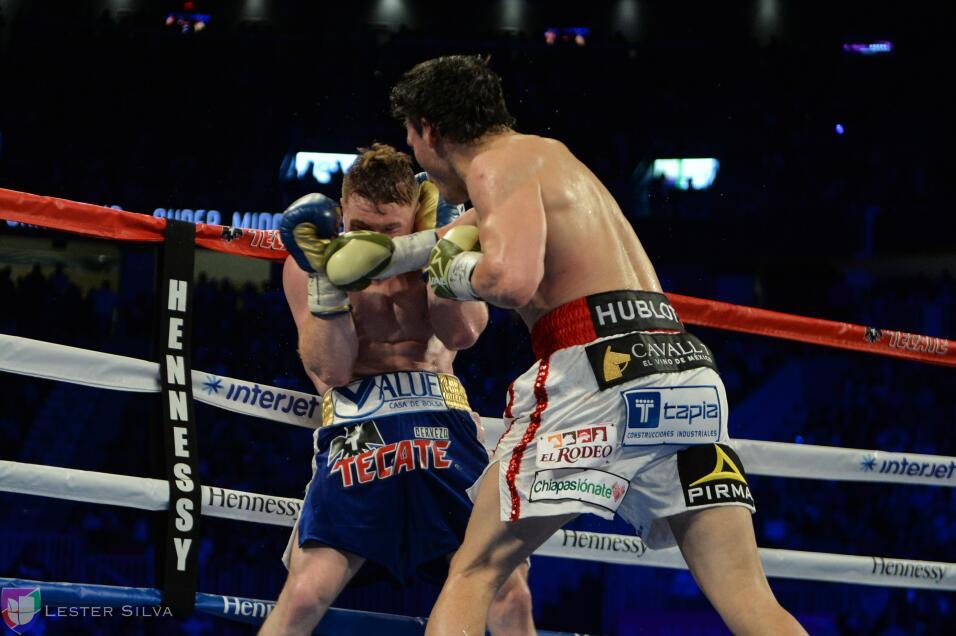 Te acercamos a los golpes que se dieron Saúl 'Canelo' Álvarez en...