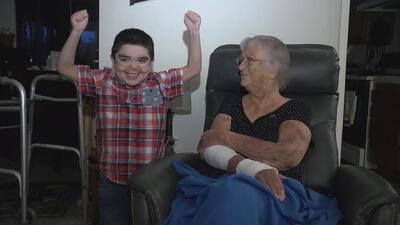 Con solo 10 años, ayudó a su madre herida con una llamada al 911