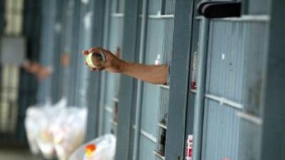 Comenzó en la prisión de Pelican Bay en el norte de California y se exte...