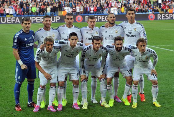 Real Madrid saltó al campo de juego con sus mejores hombres entre los qu...