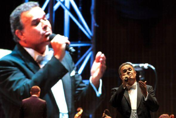 El tenor Fernando de la Mora encabezó la fiesta en Iztapalapa.