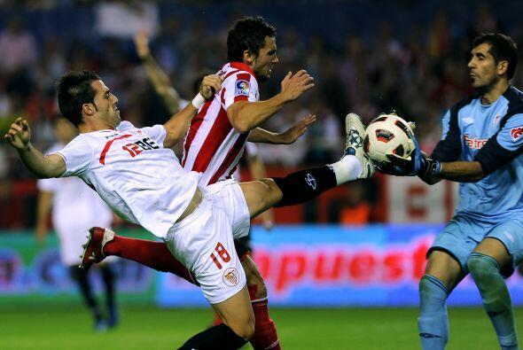El cuadro del Athletic reaccionó con doblete de Fernando Llorente y un t...