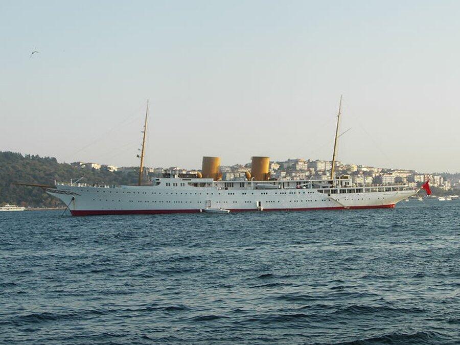 """Puesto 9: """"Savarona"""", fabricado en 1931, es el yate presidencial de Turq..."""