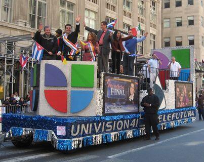 Como es tradición anual, el desfile de la Hispanidad tomo lugar en la 5t...