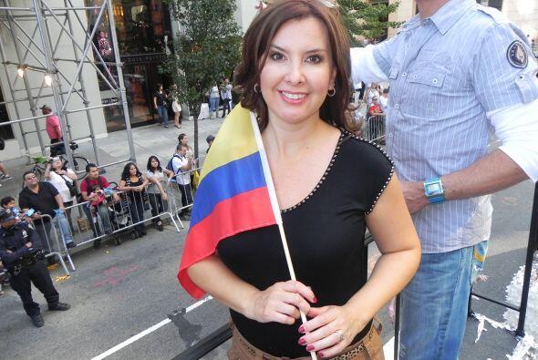 Univision 41 en el desfile de la Hispanidad 59cf3a463ed34e0fb61fc78c9352...