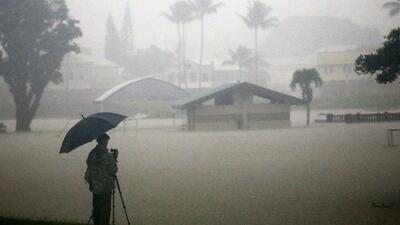 Inundaciones y marejadas: Los estragos que causa en Hawaii la proximidad del huracán Lane (fotos)