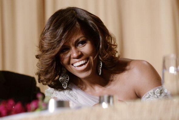 Ya entrada en risas, Michelle dejó salir las carcajadas.