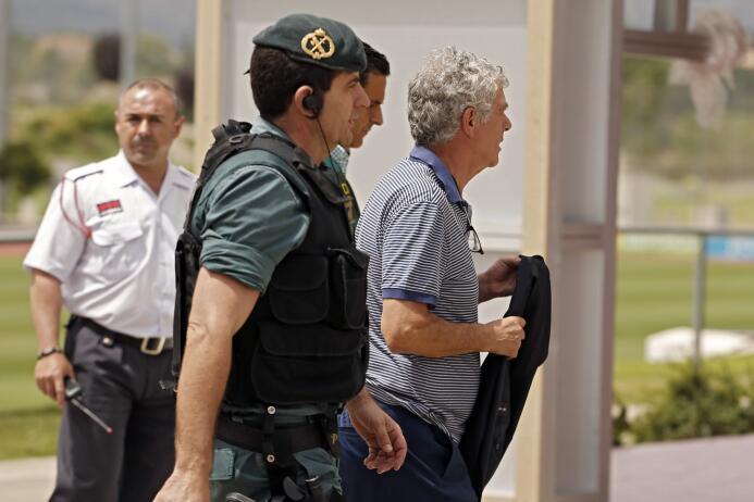 Ángel María Villar, el camino del 'Grondona de España' que está en líos...