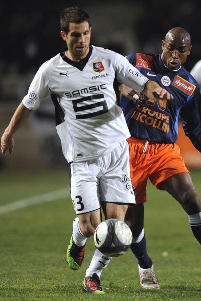 Carlos Bocanegra del Stade Rennais FC comenzó su andar en el viej...