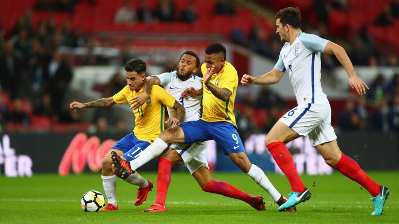 Inglaterra y Brasil empatan sin goles en Wembley gettyimages-874210404.jpg