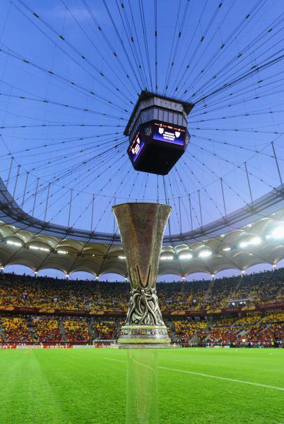 La Copa brilló ante todos los fanáticos presentes.