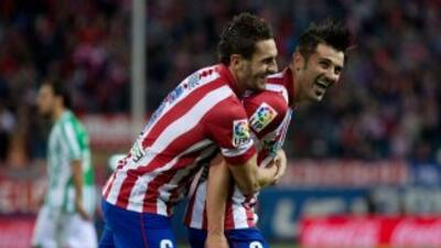 El 'Guaje' Villa se reencontró con el gol por partida doble.