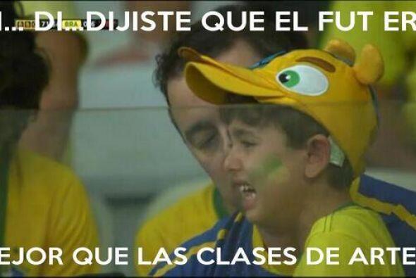Pobre nene... Todo sobre el Mundial de Brasil 2014.