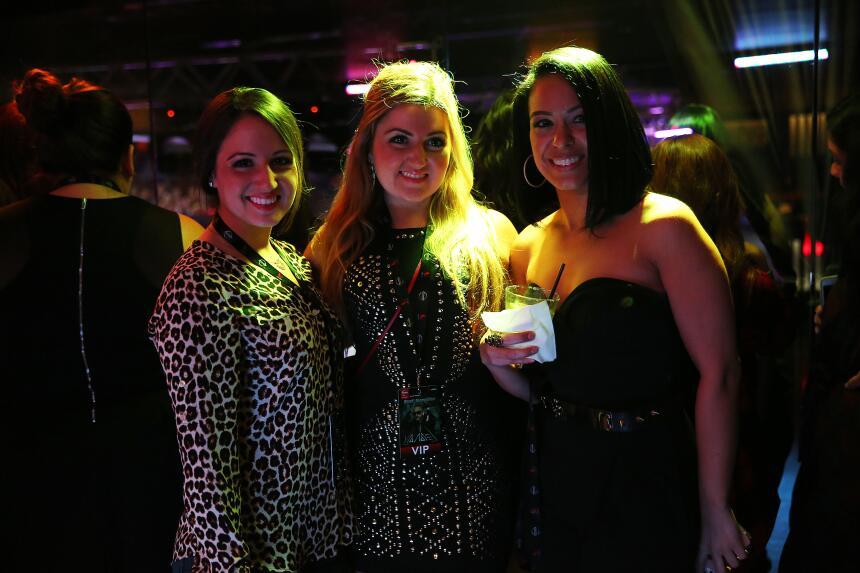 El boricua calentó la noche de este evento de Nissan y Latino Mix 99.1 y...