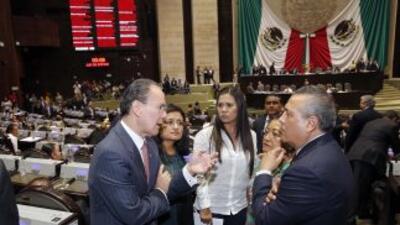 Tras una sesión maratónica, el Senado mexicano aprobó casi por unanimida...