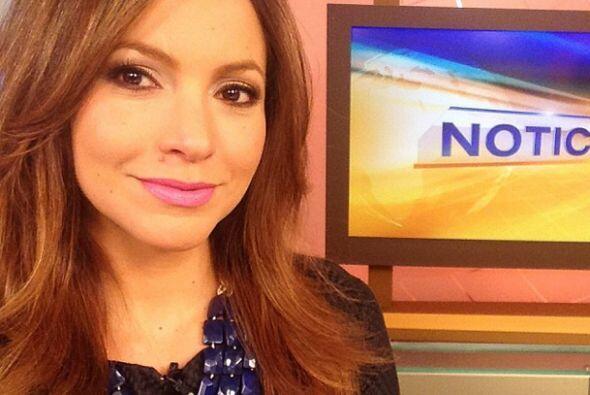 """""""Es #dia de #selfies en @despiertaamericatv Aquí está..."""