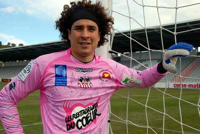 'Memo' Ochoa llegó a 32 años: un portero que en el 'Tri' ha encontrado s...