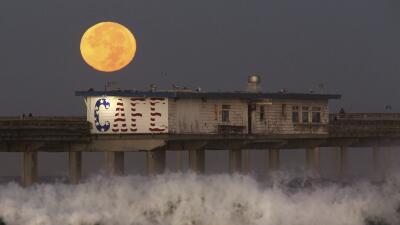 En fotos: Así se vio la superluna sobre California