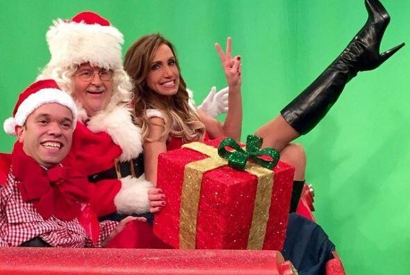 Juntos aprovecharon para tener una postal muy navideña.