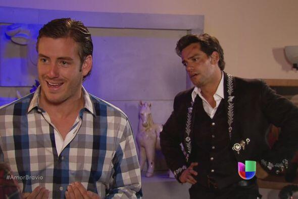 Piden ayuda a Yago para detener a Dionisio, pero él joven Monterde tiene...