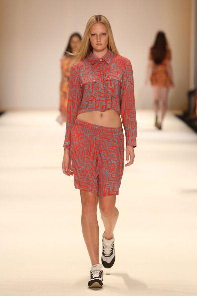 Luce un 'street chic style' con ayuda de tus bermudas casuales, prendas...
