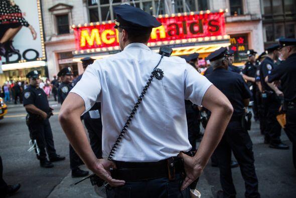 La protesta también se replicó en más de 150 ciudades en Estados Unidos,...