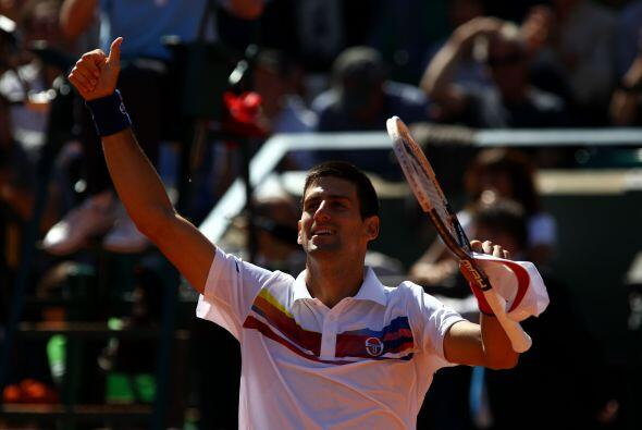 En el juego que se había pospuesto por falta de luz, Novak Djokovic dio...