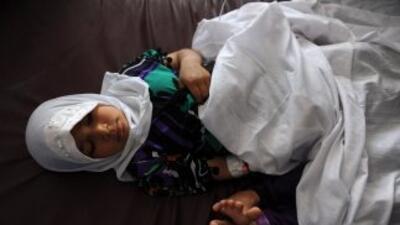 Veinte niñas fueron envenenadas en escuela de Afganistán.