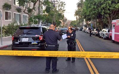 Agentes del LAPD investigan el tiroteo en Westlake.