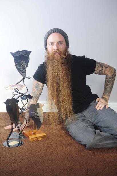 En entrevista para el sitio 'Rate my Beard', Michael confesó que utiliza...