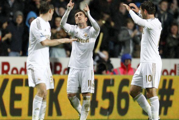 Pablo, quien llegó procedente del Valencia, marcó el gol con el que Swan...