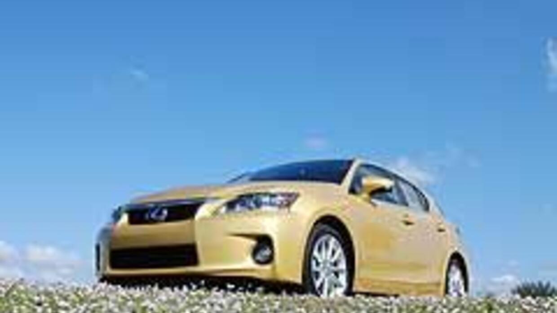 Lexus CT200h 2011 ffc0019687f34ff094edb86fa6683b5b.jpg