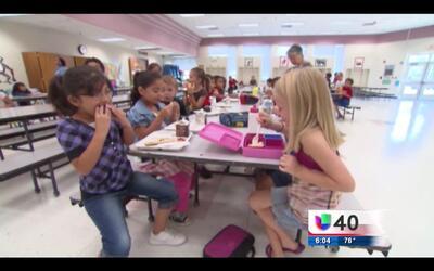 Carolina del Norte inicia programa de verano con comidas gratuitas para...