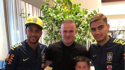 Rooney visitó la concentración brasileña en Washington