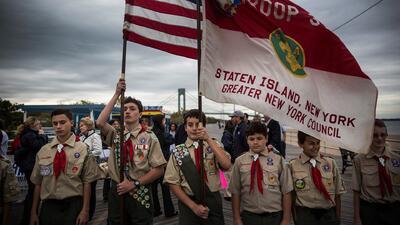 Boy Scouts de América plantean incorporar adultos homosexuales